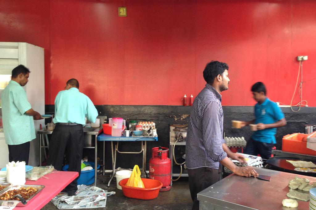 ロティチャナイというのはマレーシアで朝食やおやつで食べる伝統料理らしい。