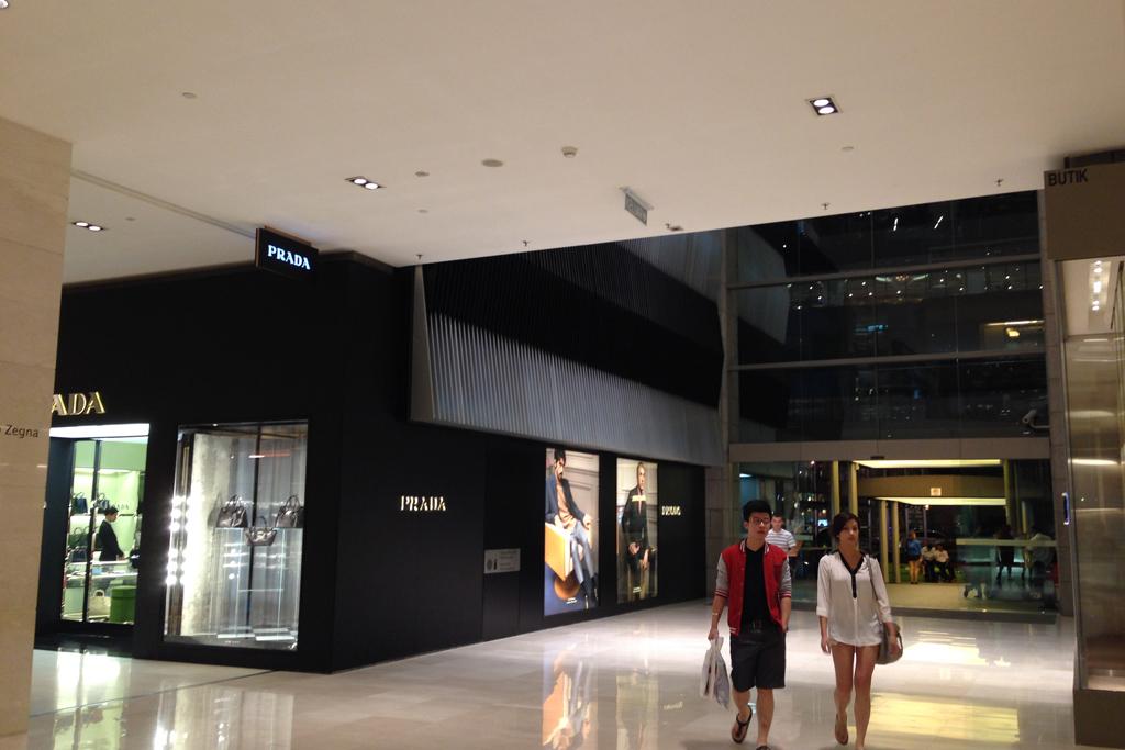 マレーシアのパビリオンは日本のデパートみたい