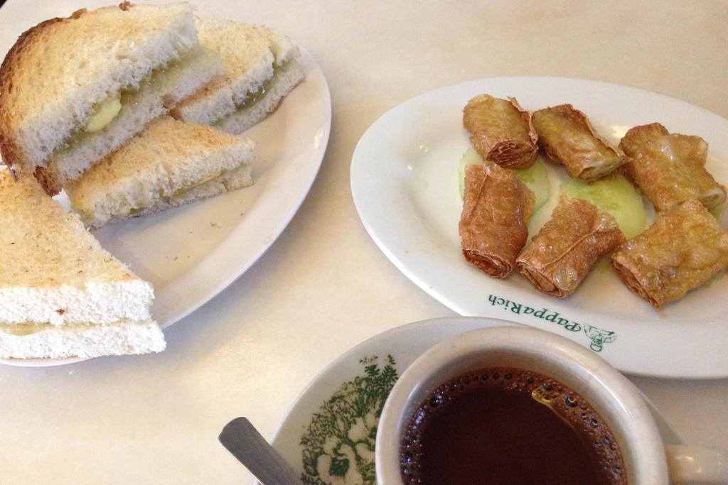 パパリッチで朝食