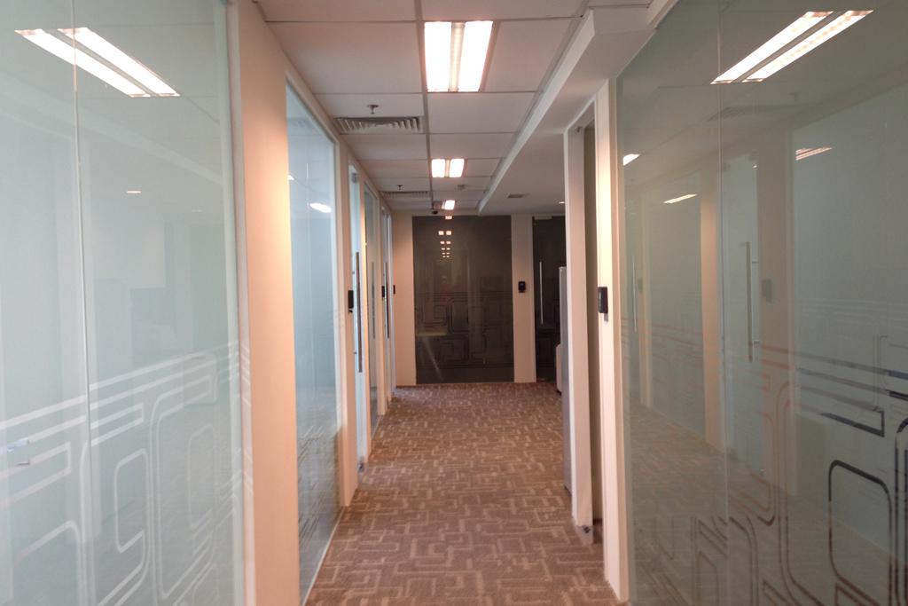 Gタワーレンタルオフィスの通路