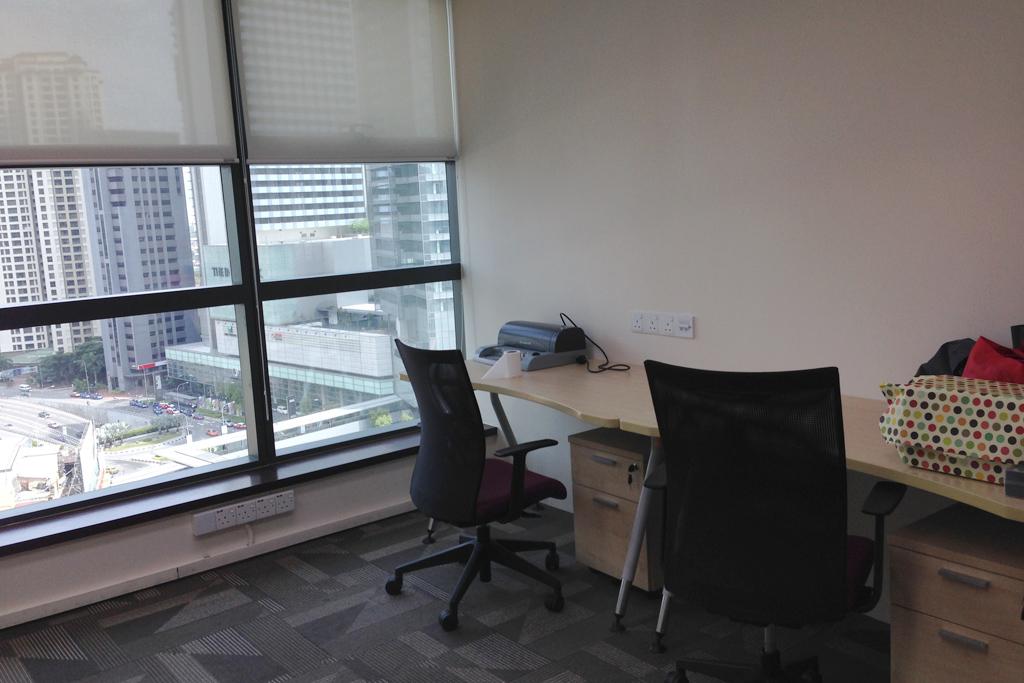 Gタワーのレンタルオフィス