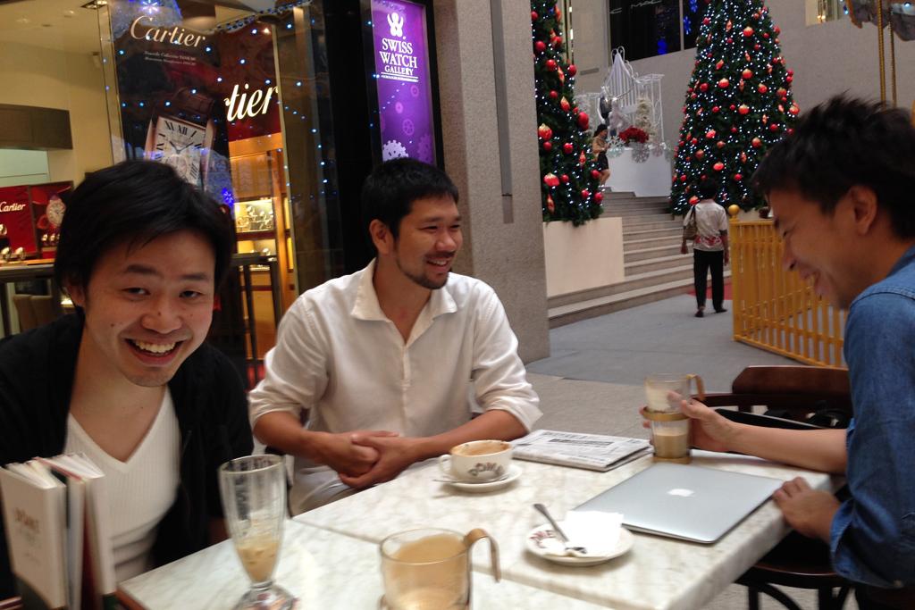 マレーシア視察に来ているオオノさんとタナカさん