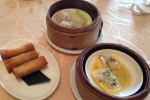 ミャンマー旅行でパゴダ観光することもなく、トレーダーズホテルで中華を食べる