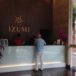ブキビンタンのIZUMIホテルのフロント