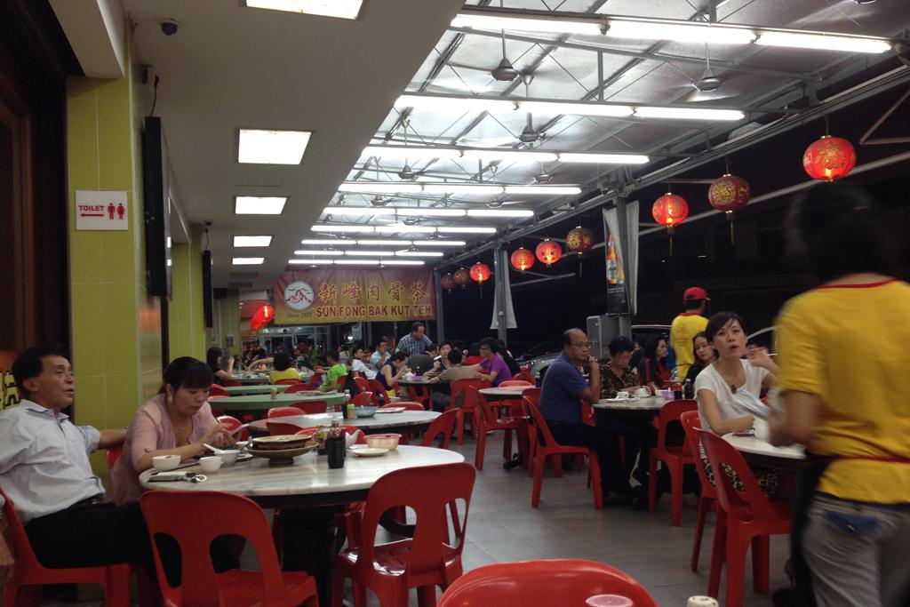 新峰肉骨茶(Sun Fong Bak Kut Teh)の店内