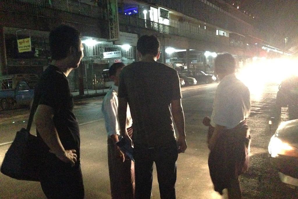 ミャンマーのタクシー事情